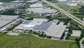 5565-Broadmoor-Ave-SE-Kentwood-former-Steelcase-plant-aerial